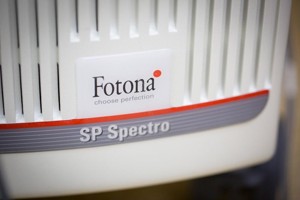 Logo lasera FOTONA SP Spectro uchwycone w naszej klinice