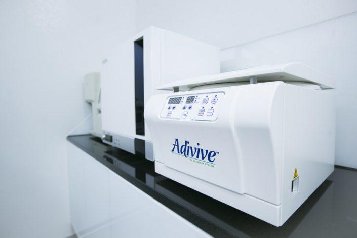 system Adivive i Celltibator - aparatura medyczna do przeszczepów tłuszczu i komórek macierzystych