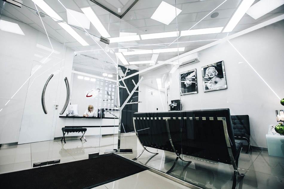 recepcja nowotarskiego centrum medycyny laserowej i regeneracyjnej